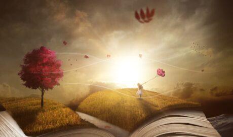 Ein aufgeschlagenes Buch erwacht zum Leben