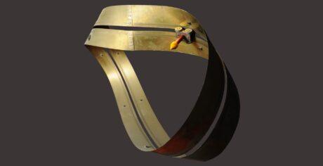 Möbiusschleife aus Metall